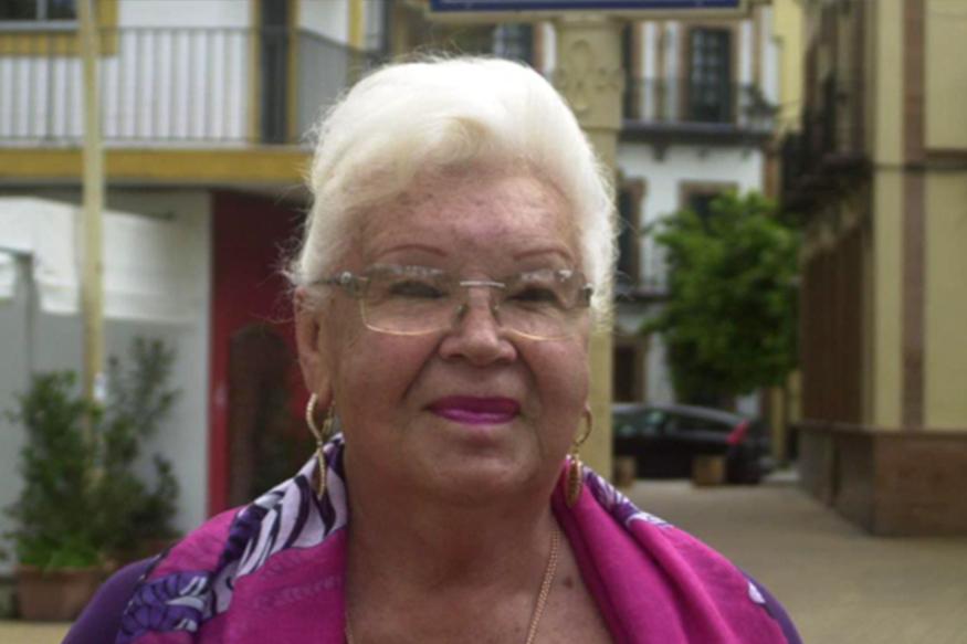 Deborah Santacruz togaytherland